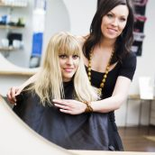 What Are The Major Benefits Of Hands-On Training In Cosmetology Schools?