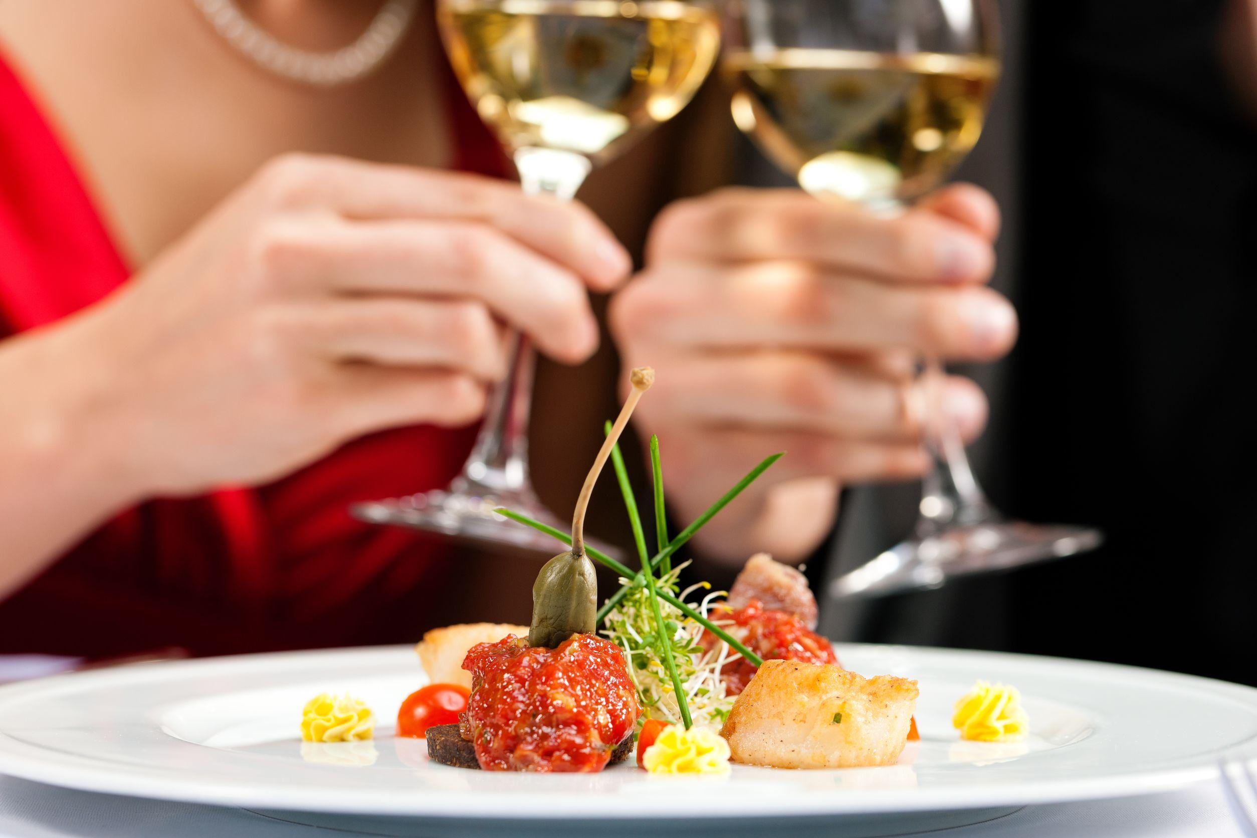 Романтический ужин перешел в секс 6 фотография