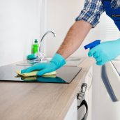 What Should Be In A Commercial Cleaning Contract?