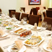 Reasons a Restaurant's Private Dining Rooms May be Best for an Event