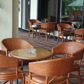 How To Find The Right Bar Tables And Stools