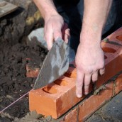 Things to consider when hiring a masonry contractor