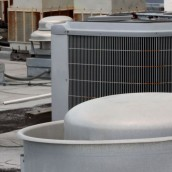Need Your Air Conditioner Repaired? How to Find the Right Contractor