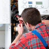 Common Problems that Require Help from Commercial Air Conditioning Contractors in Toledo OH