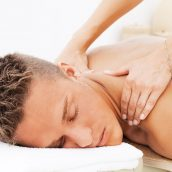 Chiropractors in Clarksville, TN Frequently Address Pain in the Neck and Back