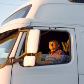 Finding the Best CDL Truck Driving Jobs for Your Needs