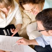A 4 Pillars Debt Relief Consultant in Victoria Helps With Your Mountain of Debt