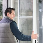 Signs You Need Immediate Window Replacement in Washington, DC