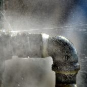 The First Things You Should Do If Your Pipes Burst