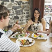 Strive for Excellent Dining at the Best Restaurant in Gulfport, MS