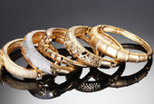 Things to Consider Before Choosing Jewelry Buyers in Chicago