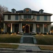 Increase Your Profits with a Beautiful North Texas Christmas Display