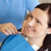 4 Signs That Dental Implants are Right For You