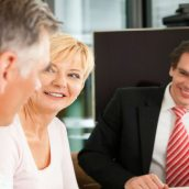 Experience the Wealth Building Advantages That a Financial Advisor Provides