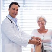 Top 3 Reasons Why You Need to Consider Getting Knee Pain Treatment